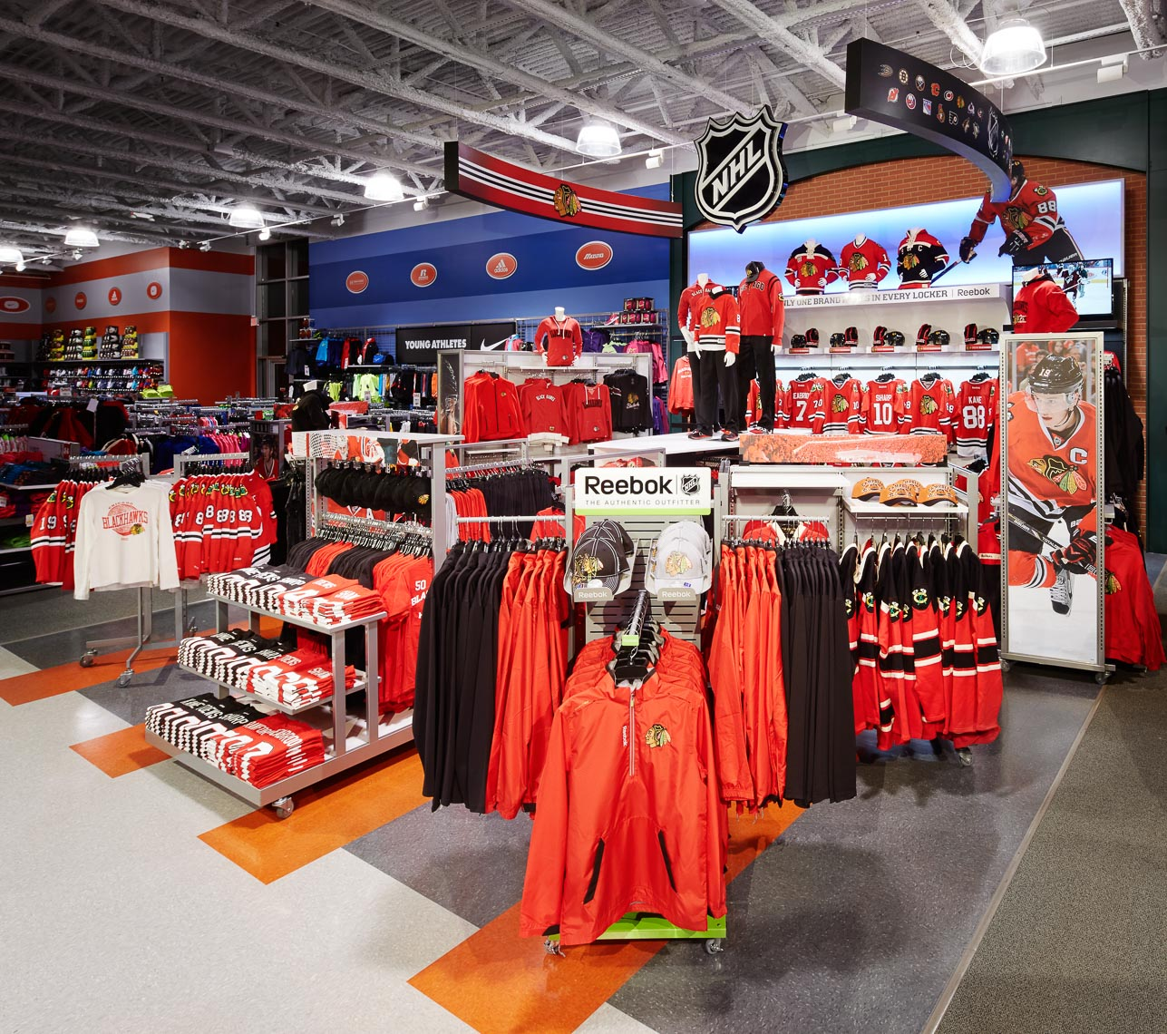 NHL Retail Installation